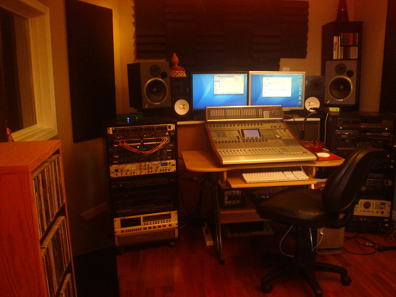Terrific My Music Studios In Franklin Tennessee Is Owned And Operated By Largest Home Design Picture Inspirations Pitcheantrous